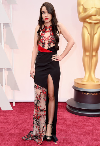 Lorelei Linklater wearing Gabriela cadena